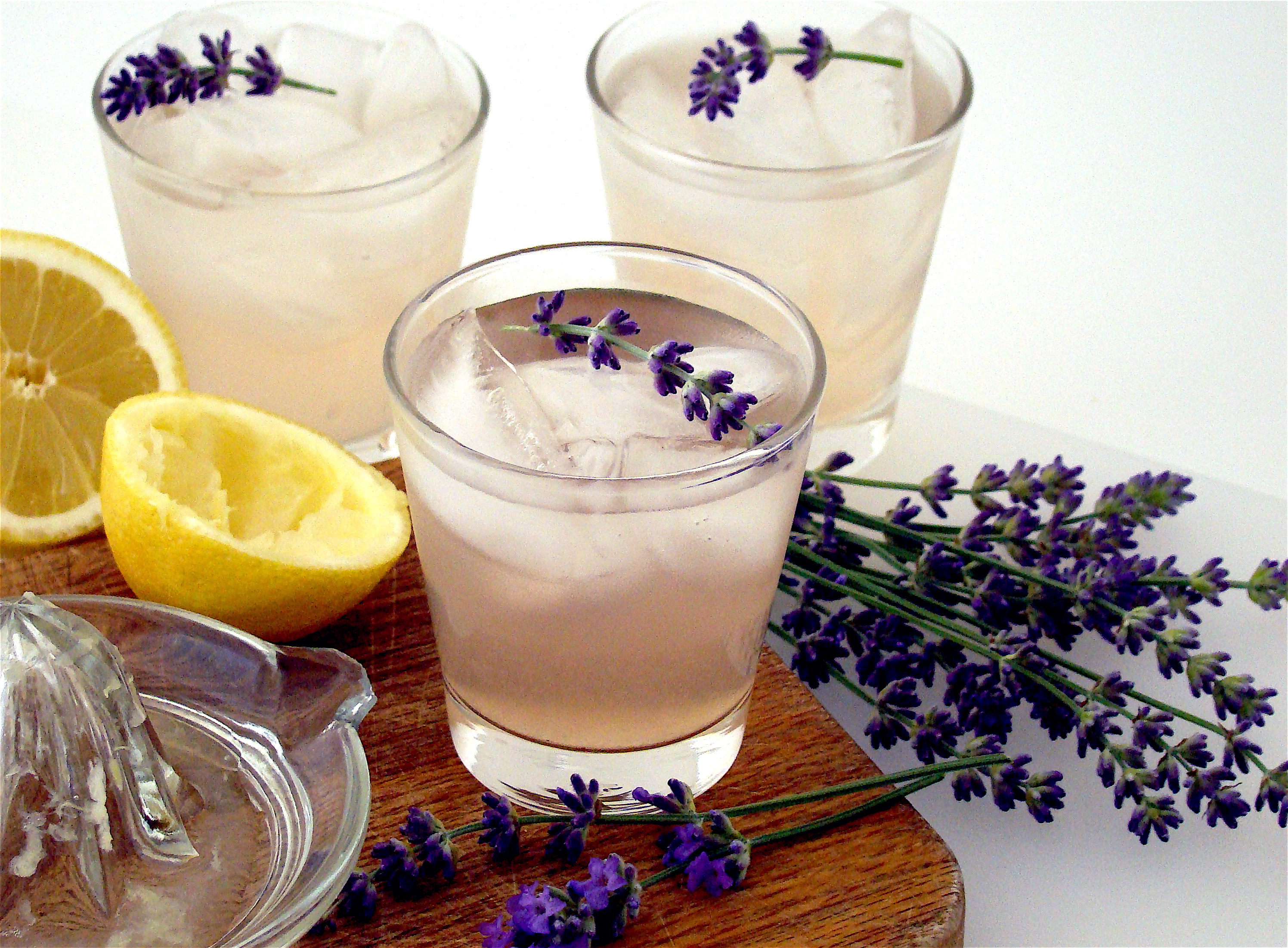 Ramblings of a Gypsy Nomad: Lavender Lemonade Recipe(s) |