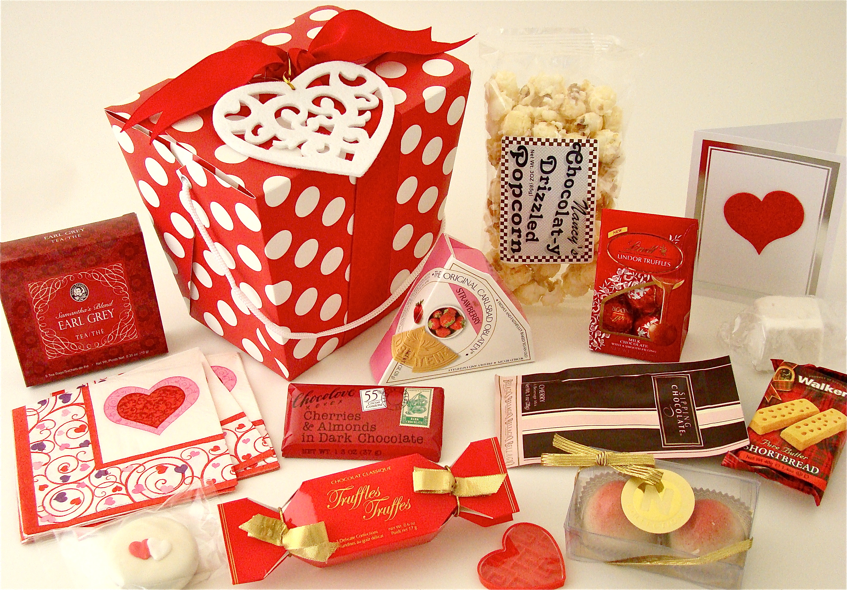 2 comments for valentines day peppermint popcorn gift bags